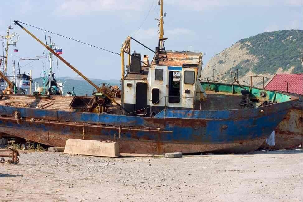 Super Metal Recycling buy boats